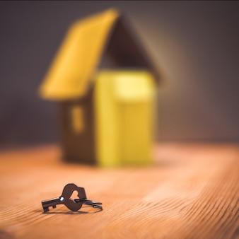 Hipoteca, inversión, bienes raíces y concepto de propiedad.