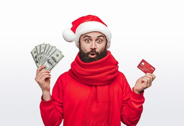Hipster rico haciendo compras navideñas