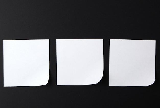 Hoja de papel blanca vacía