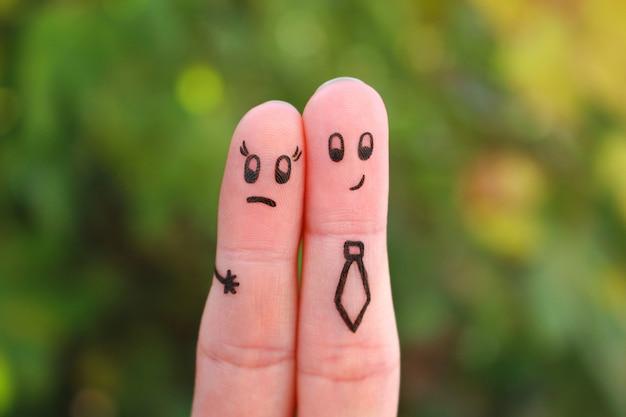 Hombre acosar a la mujer en el trabajo en el arte del dedo