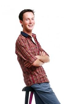 Hombre adolescente joven y atractivo
