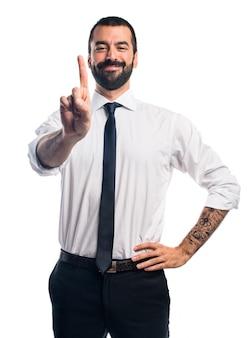 Hombre de negocios contando uno