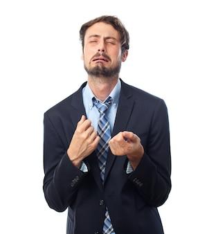 Hombre elegante llorando