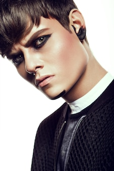 Hombre maquillaje
