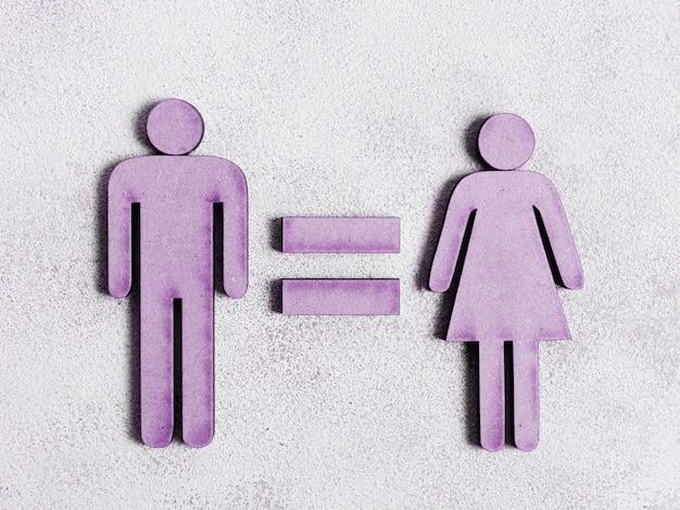 El hombre y la mujer tienen los mismos derechos en tonos violetas