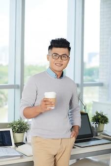 Hombre de negocios, con, café