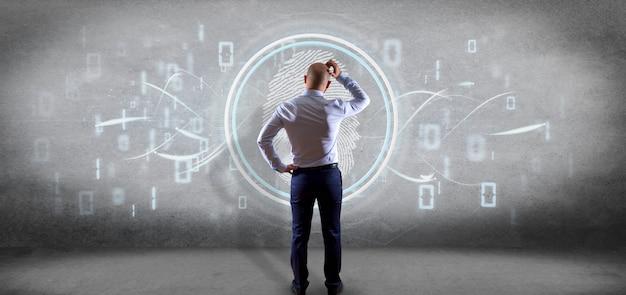 Hombre de negocios frente a una identificación de huella digital y un código binario.