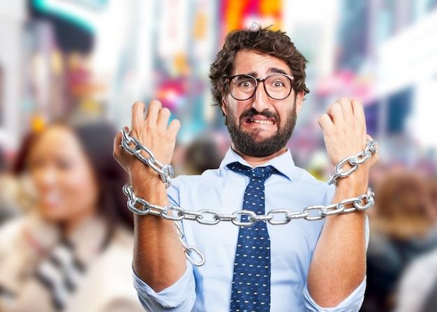 Hombre de negocios loco expresión triste