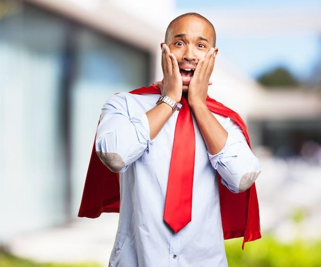 Hombre negro expresión de preocupación