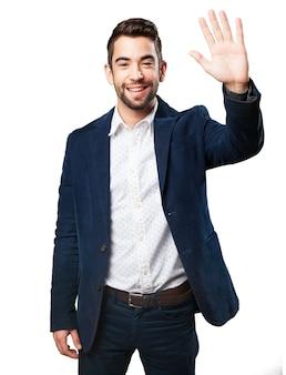 Hombre saludando