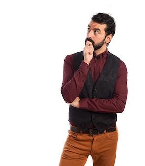 Hombre, vestindo, chaleco, pensamiento