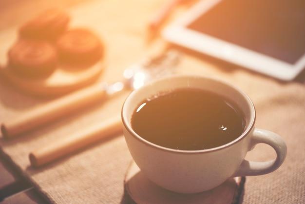 Hora del café del concepto de trabajo empresarial