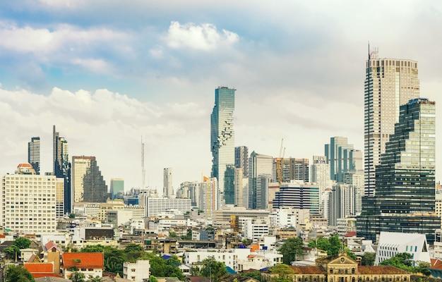 Horizonte del centro de la ciudad de bangkok de tailandia
