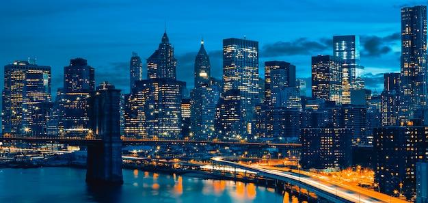 Horizonte del centro de la ciudad de nueva york, nueva york, ee.