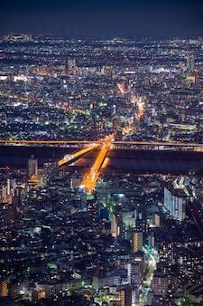 Horizonte de la ciudad de tokio por la noche