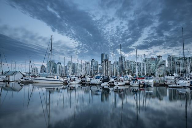 Horizonte de la ciudad de vancouver, columbia británica, canadá