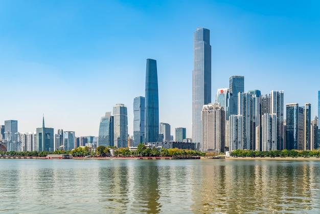 Horizonte de paisaje de arquitectura moderna de la ciudad de guangzhou