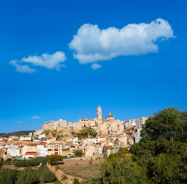 Horizonte del pueblo de chelva en valencia