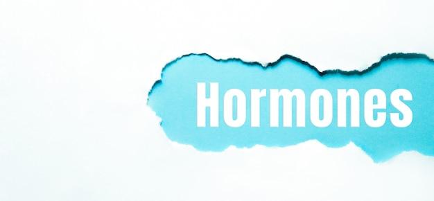 Hormonas en papel rasgado, antecedentes médicos del concepto.