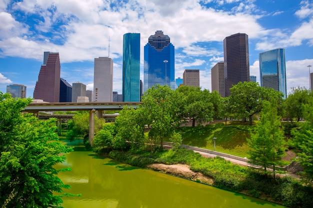 Houston texas skyline con modernos rascacielos