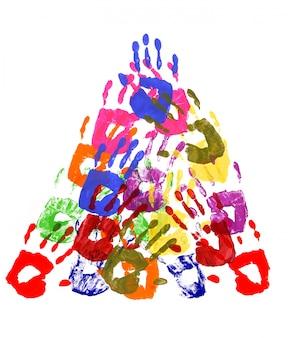 Huellas de las manos en forma de pirámide