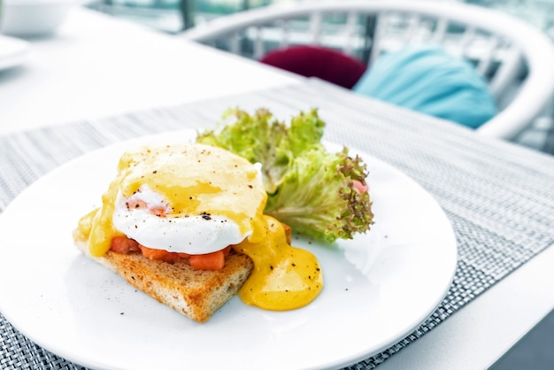 Huevo de salmón benedict