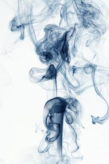 Humo azul abstracto