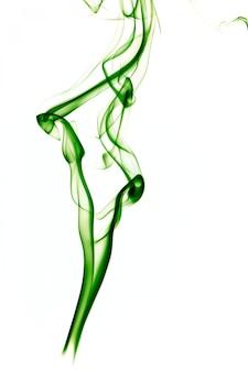 Humo verde sobre blanco