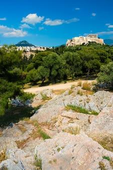 Icónico templo del partenón en la acrópolis de atenas grecia