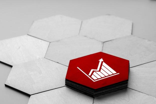 Icono de estrategia y negocios en rompecabezas colorido