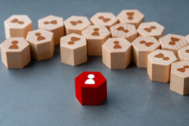 Icono de negocios y recursos humanos en rompecabezas hexagonal