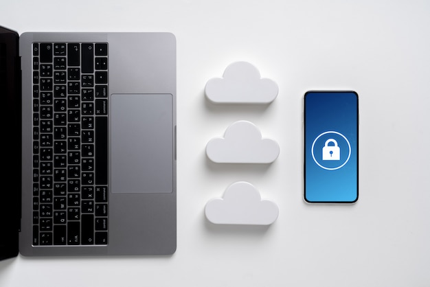 Icono de tecnología de nube para concepto de negocio global en un escritorio desde la vista superior