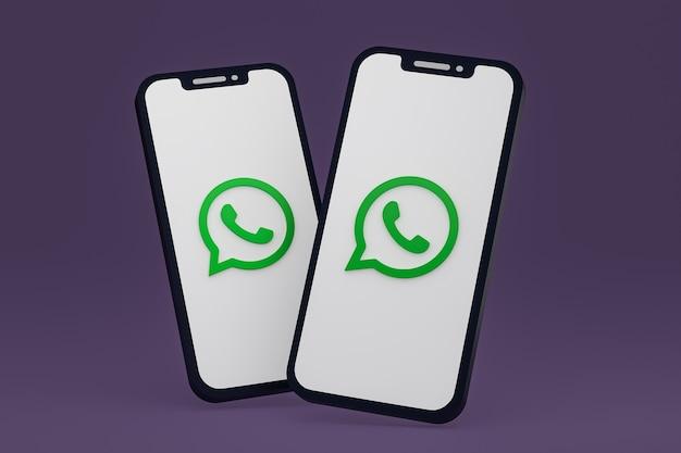 Icono de whatsapp en la pantalla de los teléfonos móviles 3d render