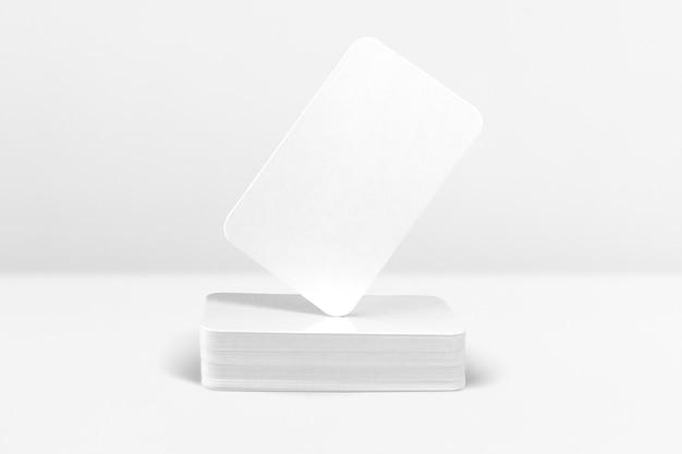 Identidad de marca de tarjeta de visita mínima