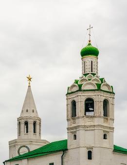 Iglesia del monasterio de san juan bautista y torre del salvador