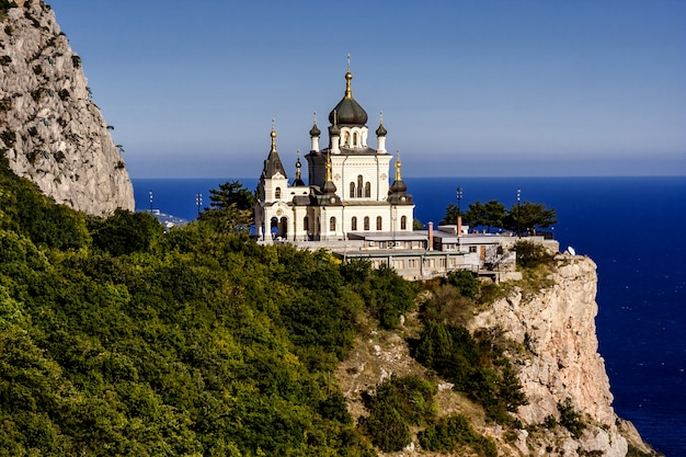 Iglesia de la resurrección de cristo (iglesia en la roca), foros, crimea, ucrania.