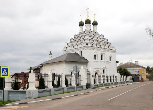 La iglesia de san nicolás en kolomna posad