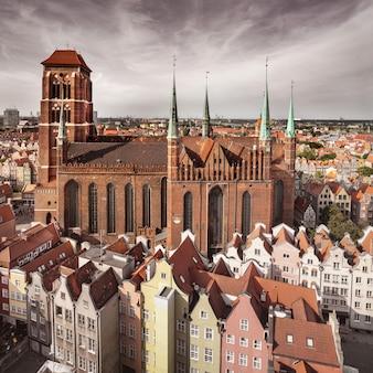 Iglesia de la santísima virgen maría en gdansk, polonia
