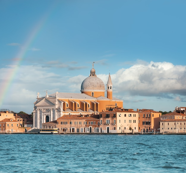La iglesia de santissimo redentore en venecia