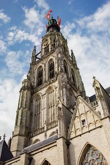 Iglesia vieja principal