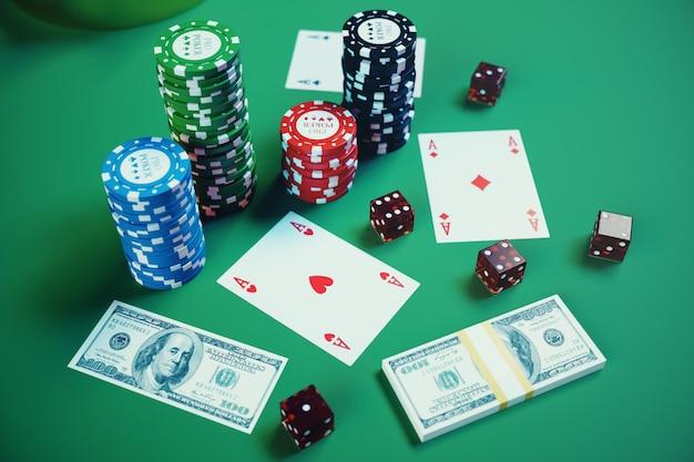 Ilustración 3d jugando fichas, cartas y dinero para el juego de casino en mesa verde. concepto de casino real o en línea.