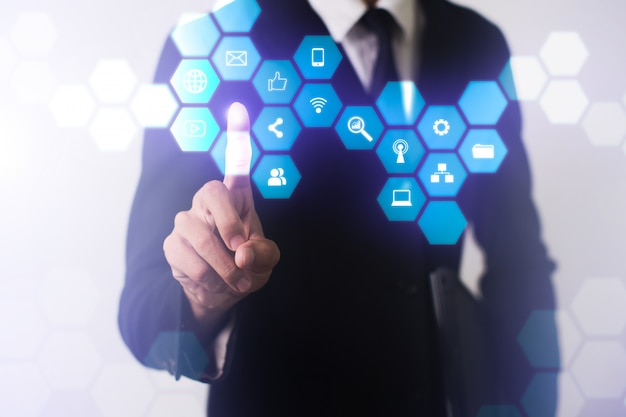 Ilustración interactiva de canales de marketing digital
