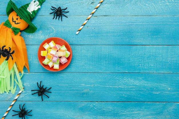 Imagen aérea de la vista superior de la mesa de fondo de decoración feliz día de halloween