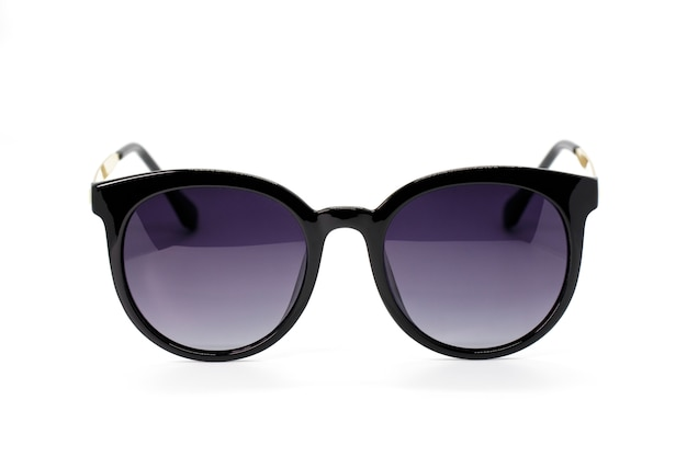 Imagen de gafas de sol modernas de moda aisladas en blanco
