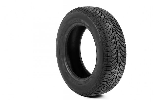 Imagen de un neumático negro