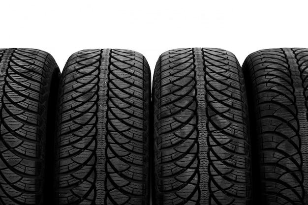 Imagen de unos neumáticos negros.