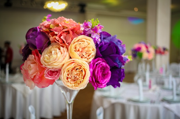 Impresionante y hermosa configuración de boda.