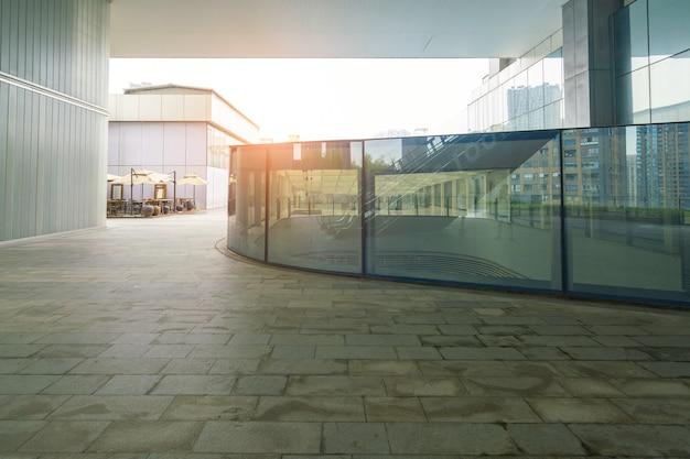 Inancial center plaza y edificio de oficinas