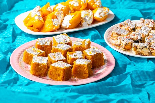 Indio mezcla popular comida dulce