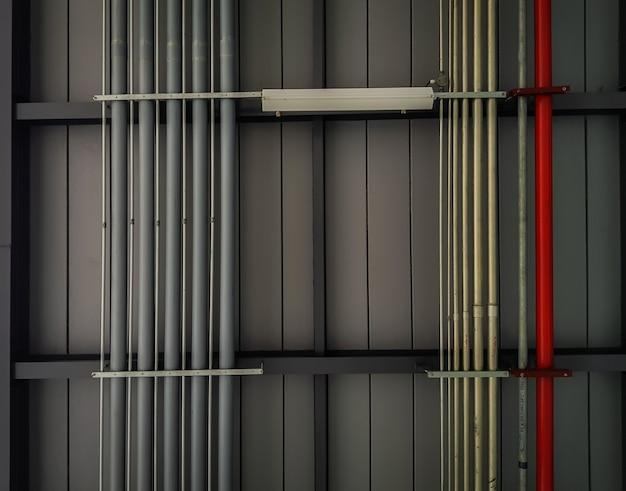 Ingeniería de tuberías de agua y gas (imagen filtrada procesada efecto vintage).